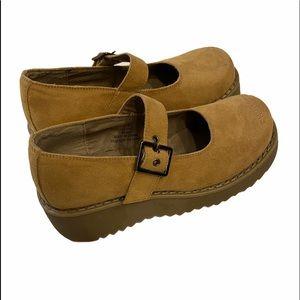 Vintage Nevada Platform Boho Style Shoes Tan Faux Suede Sz 7 GUC